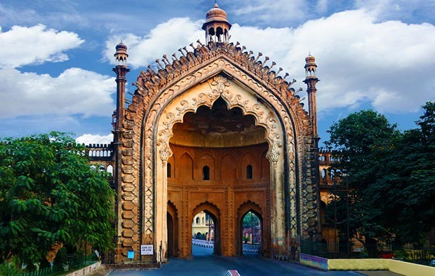 LUCKNOW THE CITY OF NAWABS – Halal Trip India